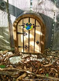 Jan/FAIRY DOOR